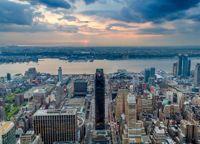 Orizzonte di New York, grattacieli, S.U.A. fotografie stock libere da diritti