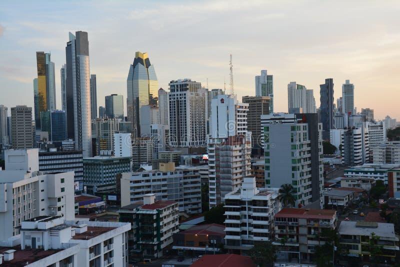Orizzonte di Panamá nel Panama al tramonto fotografia stock