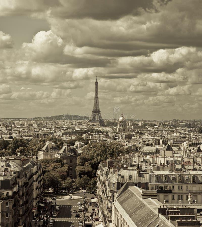 Orizzonte di Parigi fotografie stock libere da diritti
