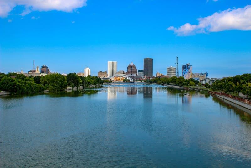 Orizzonte di Rochester New York, una città che è in NY occidentale immagine stock