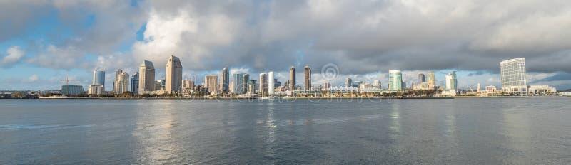 Orizzonte di San Diego un giorno soleggiato immagine stock libera da diritti