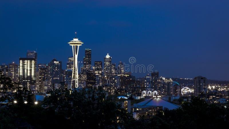 Orizzonte di Seattle del centro immagini stock libere da diritti
