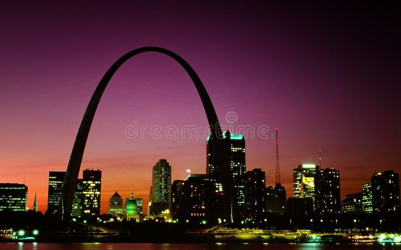 Orizzonte di St. Louis fotografia stock libera da diritti