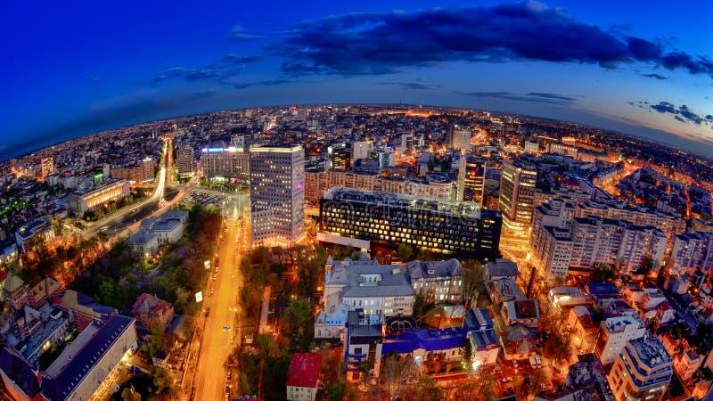 Orizzonte in Victoria Square, vista aerea di Bucarest immagine stock libera da diritti