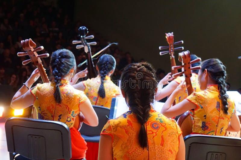 Orkester av kinesisk infödd musik royaltyfria foton