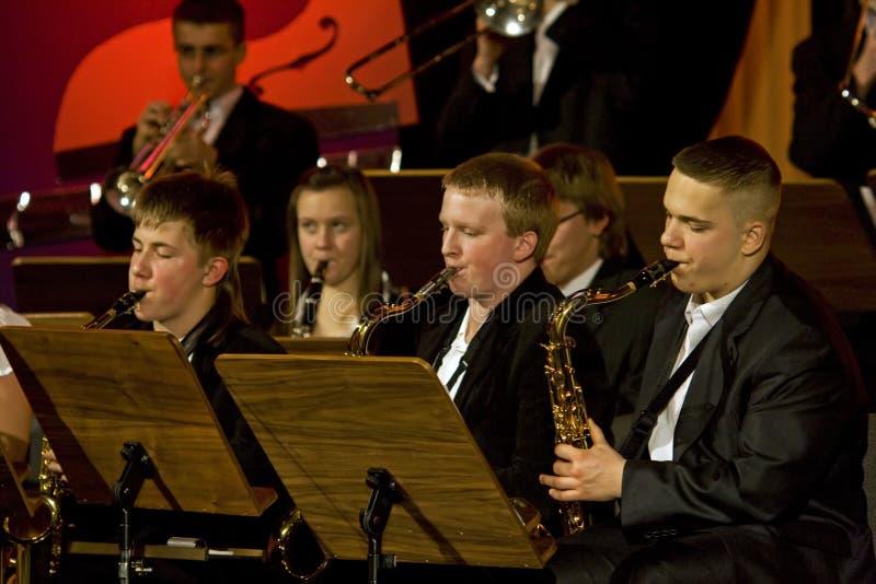 orkestersymfoniträblåsinstrument arkivfoto
