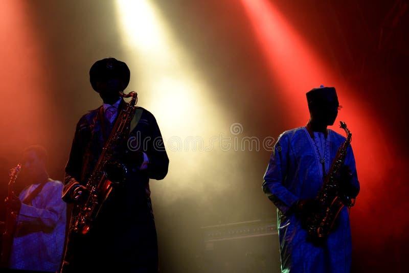 Orkiestra baobabu Karaiby fuzi zespół wykonuje w koncercie przy Primavera dźwiękiem 2016 zdjęcie royalty free