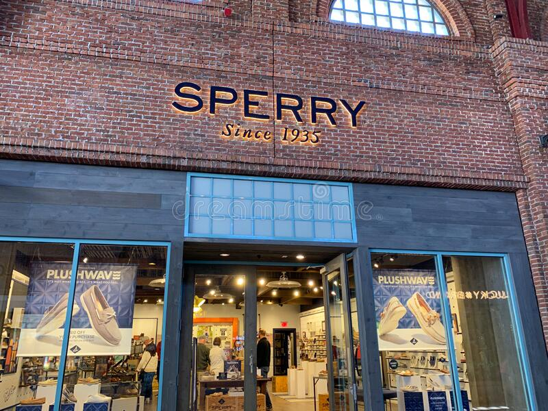 Sperry Store Photos - Free \u0026 Royalty