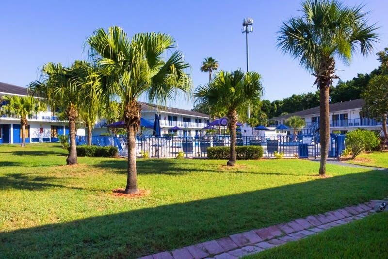 Orlando, Florida - 8 de maio de 2018: Recurso ou hotel da via principal da pensão de Rodeway em Orlando, Florida, EUA fotos de stock