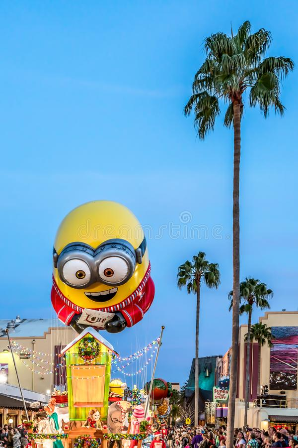 Orlando, Florida - dicembre 2017: Parata di festa di Universal's che caratterizza Macy's immagini stock