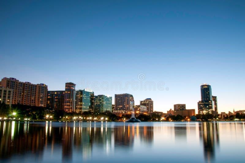 Orlando Florida Downtown Skyline på natten royaltyfri fotografi
