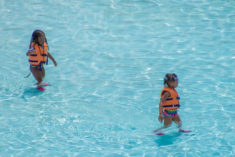 Little girls enjoying the pool at Aquatica 1 stock image