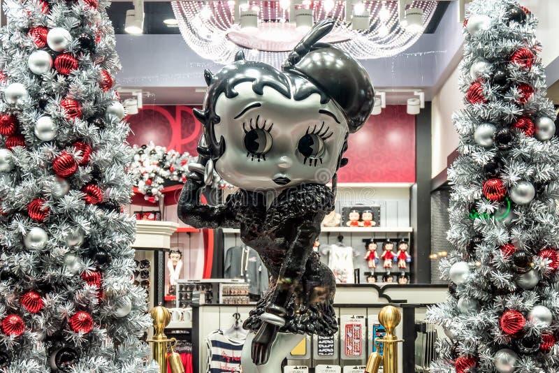 ORLANDO, FLORIDA, USA - DECEMBER, 2017: Betty Boop Cartoon Character in a shop Window Display Christmas decorated at Universal Stu. ORLANDO, FLORIDA, USA royalty free stock photos
