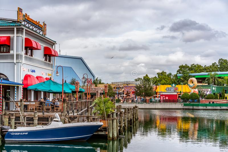ORLANDO FLORIDA, USA - DECEMBER, 2018: Fiskaren Wharf på den San Francisco zonen, Universal Studios royaltyfria bilder