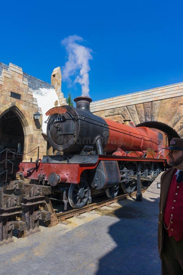 Orlando Florida, USA - Maj 09, 2018: Hogwartsen som är uttrycklig på den Wizarding världen av Harry Potter arkivfoto