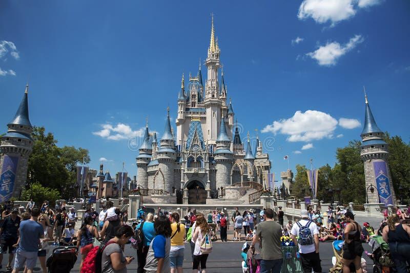 Orlando, immagine dal castello al mondo di Disney fotografia stock libera da diritti