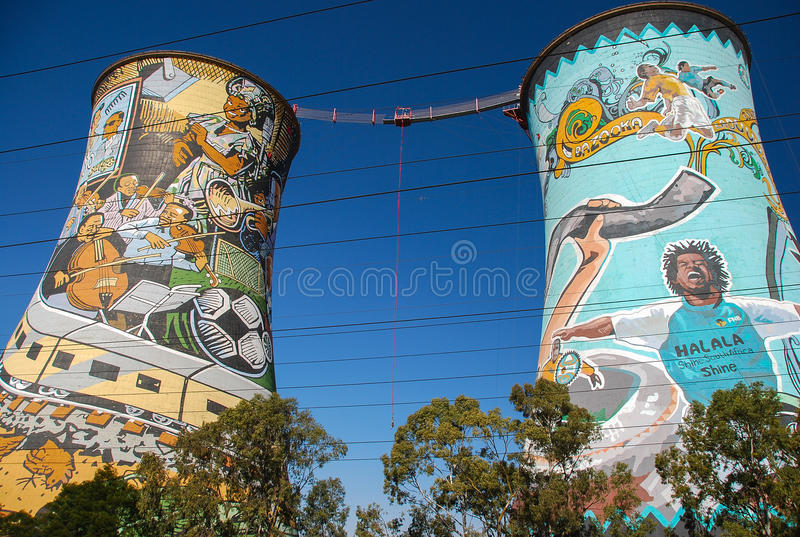 Orlando Towers à Soweto images libres de droits