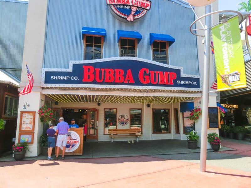 Orlando USA - Maj 8, 2018: Berömda Bubba Gump Shrimp Co i by för universella studior på Orlando USA arkivfoto