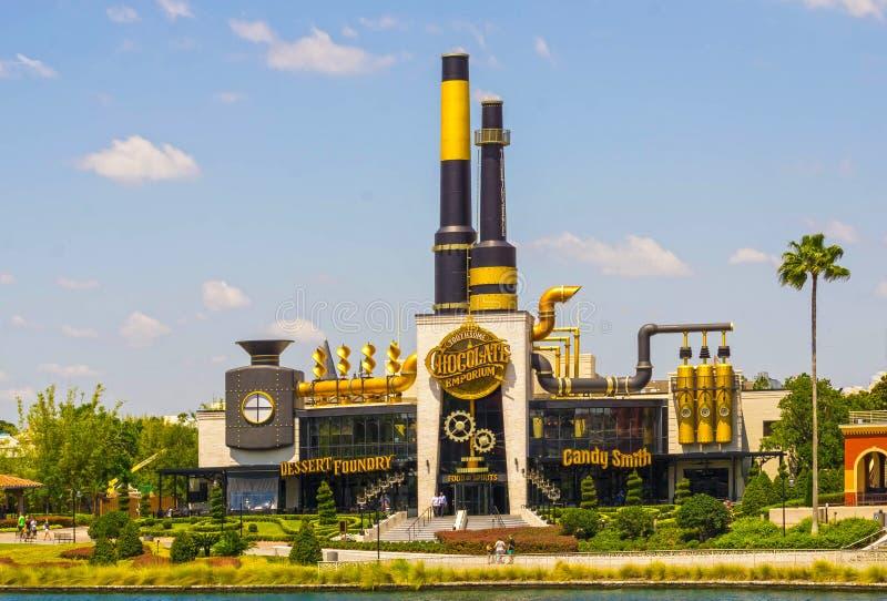 Orlando USA - Maj 8, 2018: Charlie Chocolate Emporium i den universella Orlando Resort arkivbild