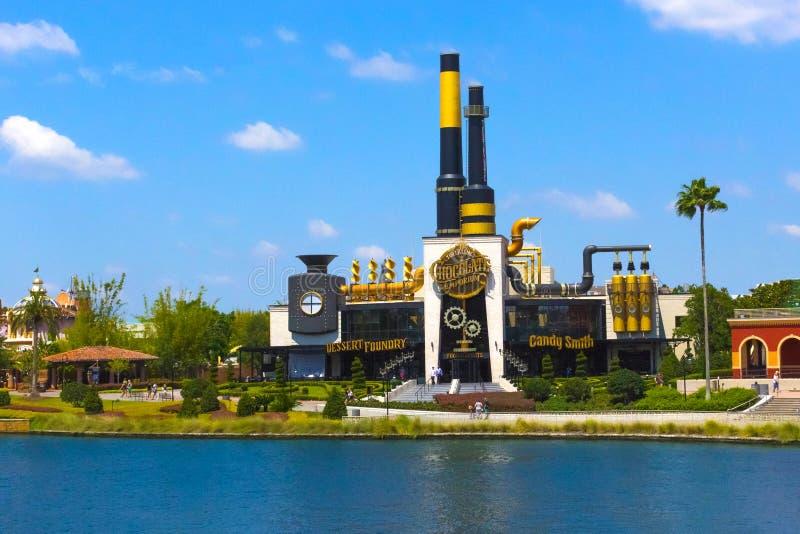 Orlando USA - Maj 8, 2018: Emporium för choklad för Charlie ` s i den universella Orlando Resort arkivbilder