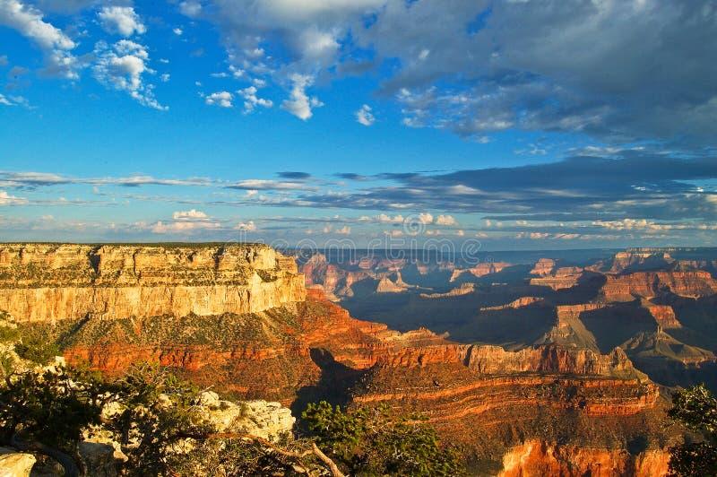 Orlo del sud di Grand Canyon al tramonto fotografia stock