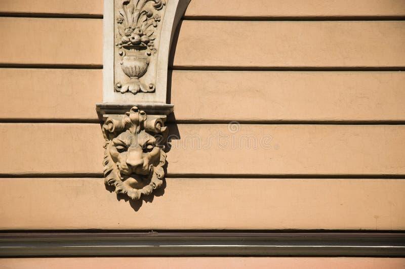 Download Ornament ściana zdjęcie stock. Obraz złożonej z cement - 13326516