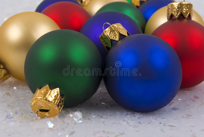 Download Ornamenti fotografia stock. Immagine di verde, gioia, presente - 3148504
