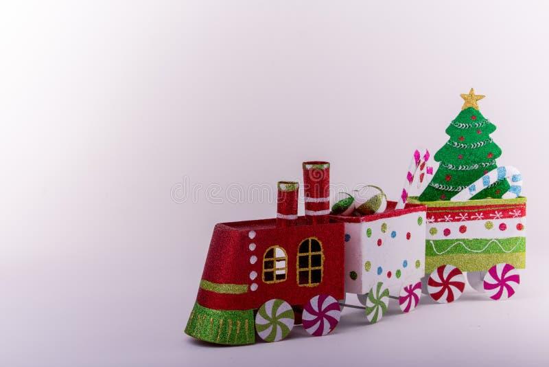 Ornamenti del treno di Natale fotografia stock