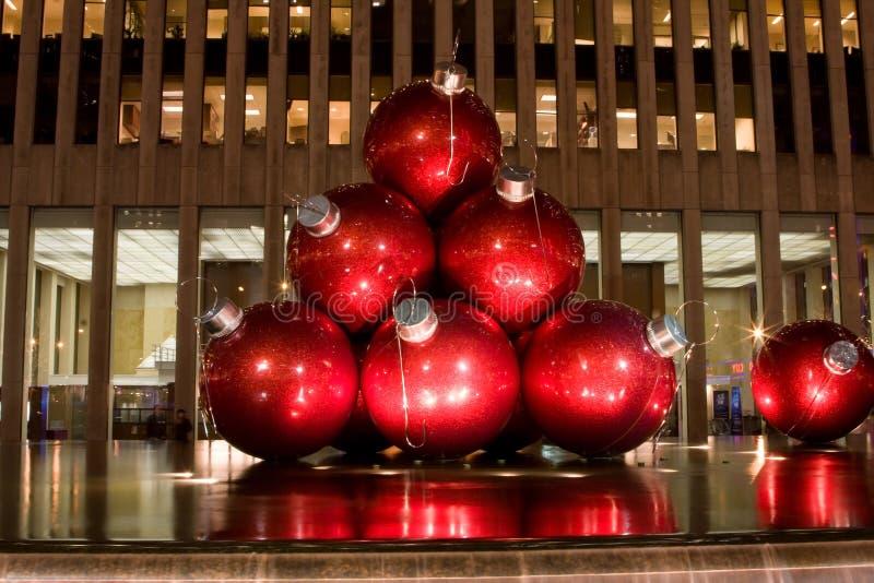 Download Ornamenti Dell'albero Di Natale Immagine Stock Editoriale - Immagine di ornamento, arte: 7305489