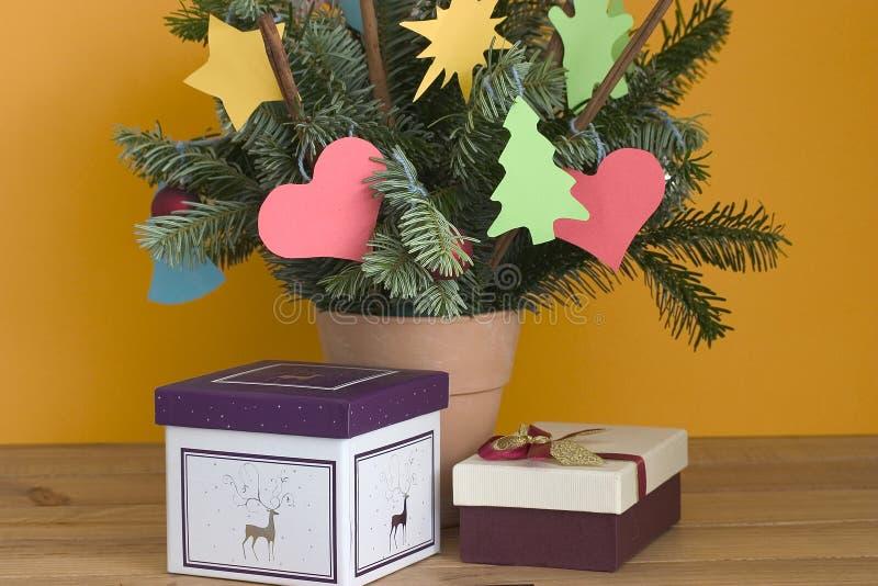 Download Ornamenti santi fotografia stock. Immagine di d0, ornamento - 7304160