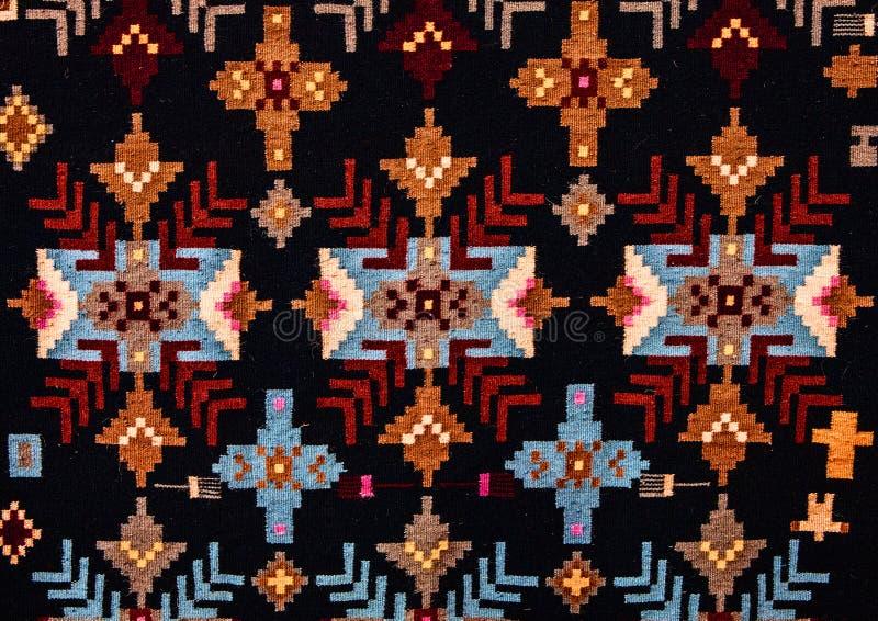 Ornamenti senza cuciture pieghi rumeni del modello Ricamo tradizionale rumeno Disegno etnico di struttura Progettazione tradizion fotografia stock