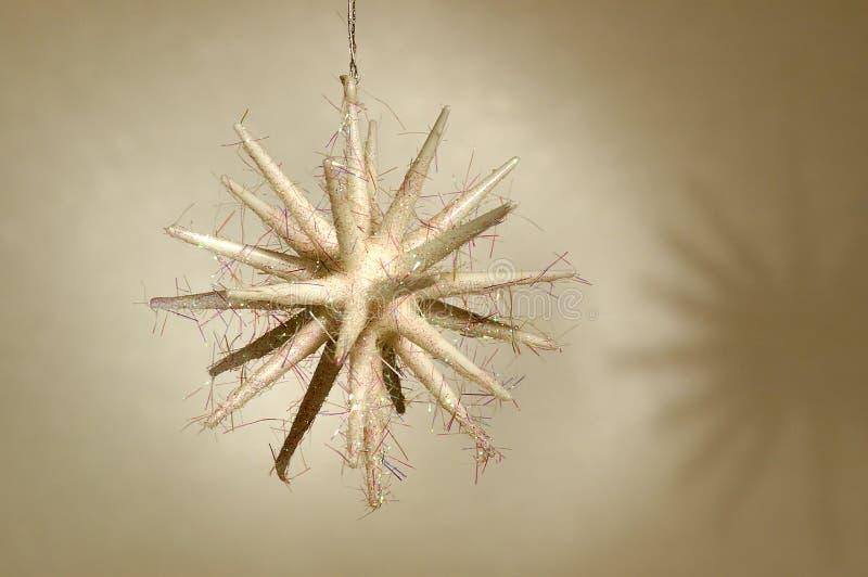 Ornamento de la Navidad - estrella blanca fotografía de archivo