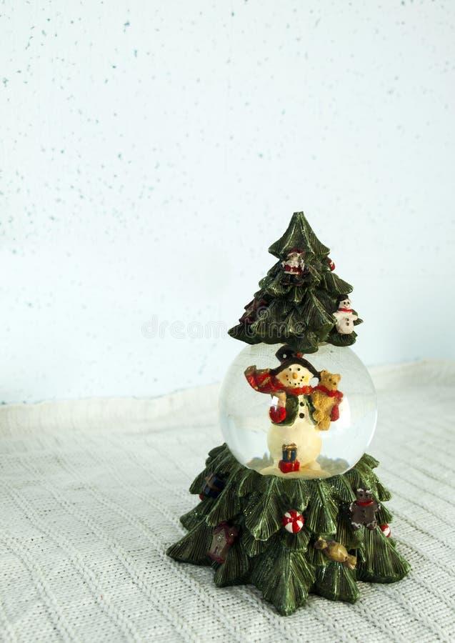Ornamento de la Navidad formado como árbol fotos de archivo
