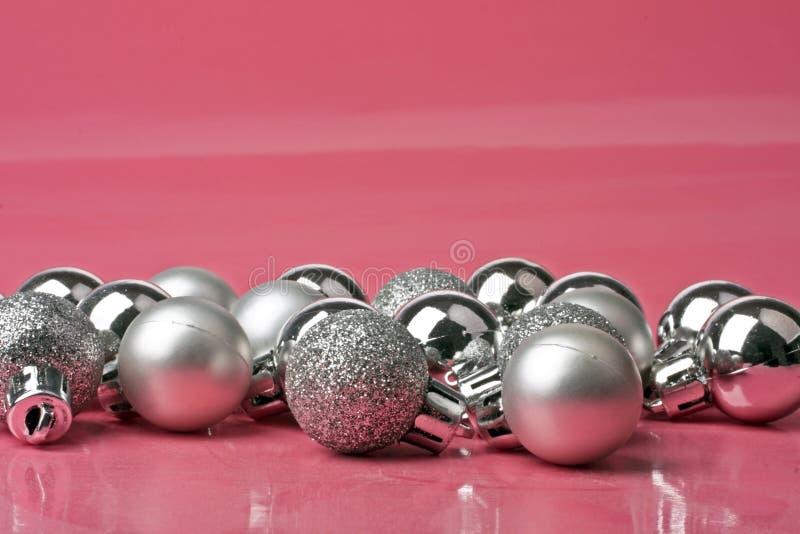 Download Ornamento De Prata Do Natal Foto de Stock - Imagem de fundo, xmas: 16869994