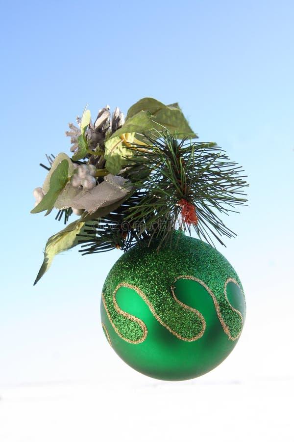 Download Ornamento Dell'albero Di Natale Immagine Stock - Immagine di scintilla, decori: 7315243
