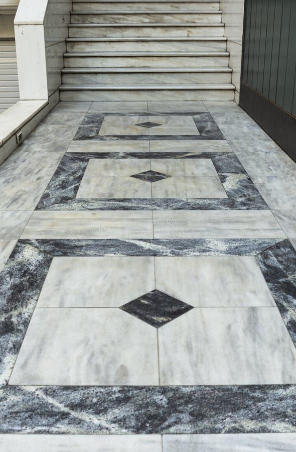 Ornamento di marmo delle mattonelle e della scala fotografia stock libera da diritti