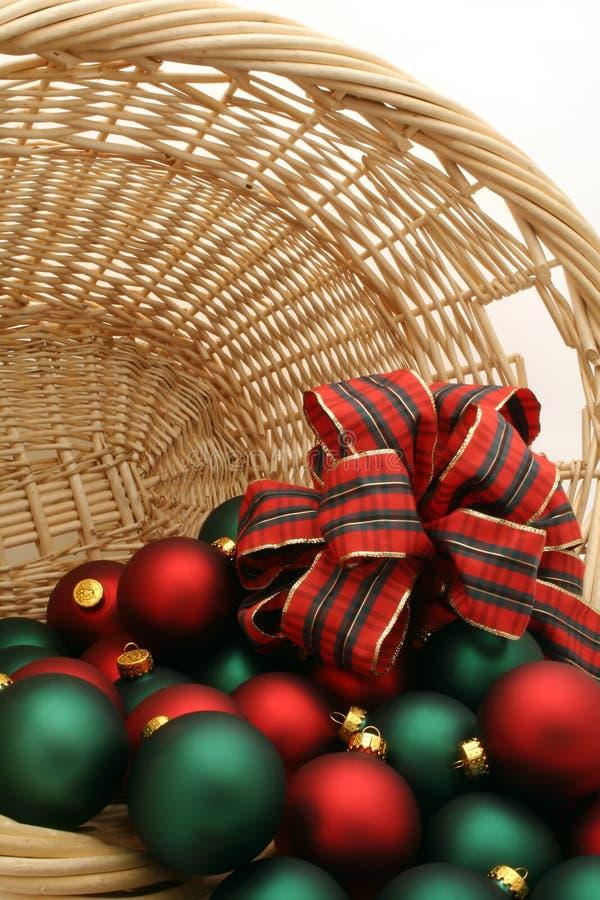 Ornamento em uma série da cesta - Ornaments4 do Natal fotografia de stock