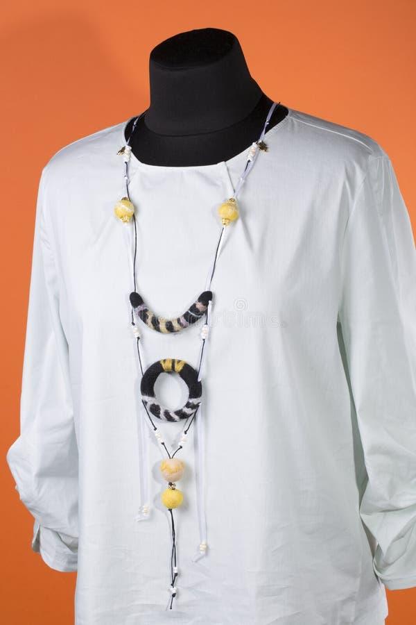 Ornamento femminile da lana felted nello stile di boho-eleganza immagini stock