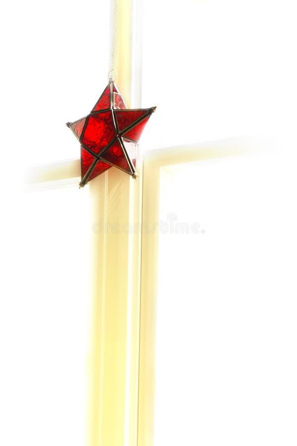 Ornamento rojo brillante de la estrella imagenes de archivo