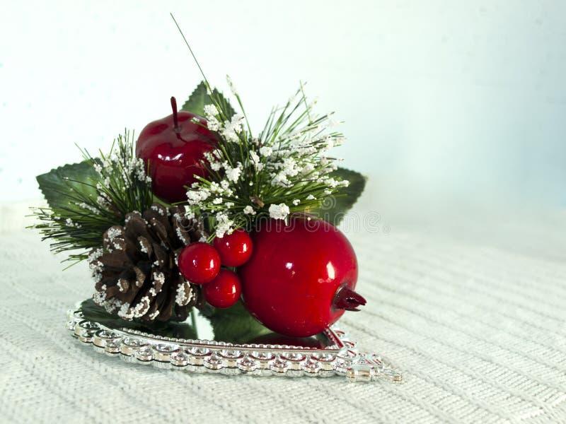 Ornamento rojo y verde de la Navidad fotos de archivo libres de regalías
