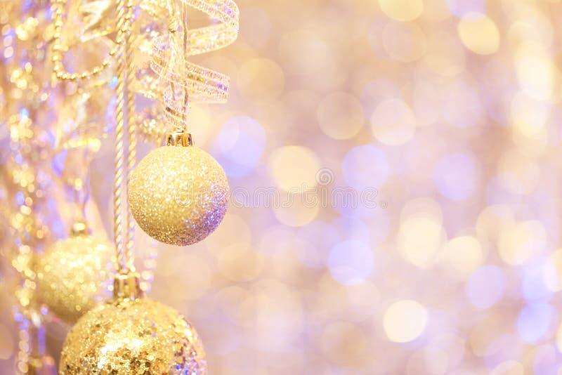 Ornamentos de la Navidad de la ejecución fotos de archivo libres de regalías