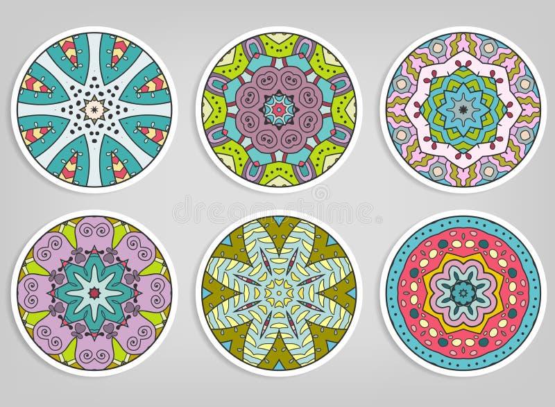 Ornamentos redondos decorativos fijados, elementos aislados del diseño foto de archivo libre de regalías