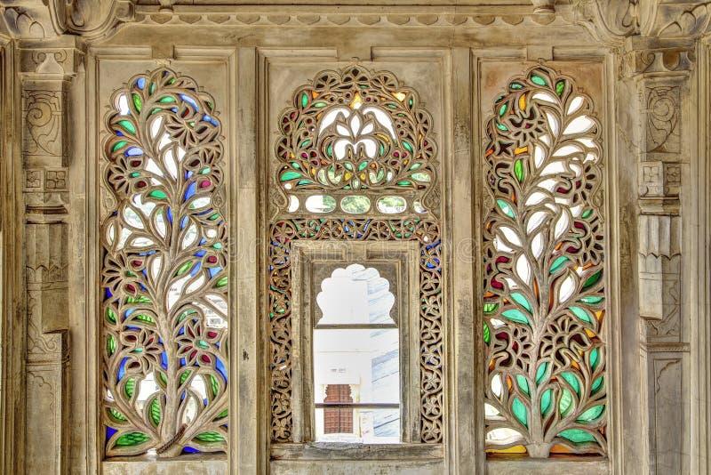 Ornamentu drewno i witrażu okno zdjęcia royalty free