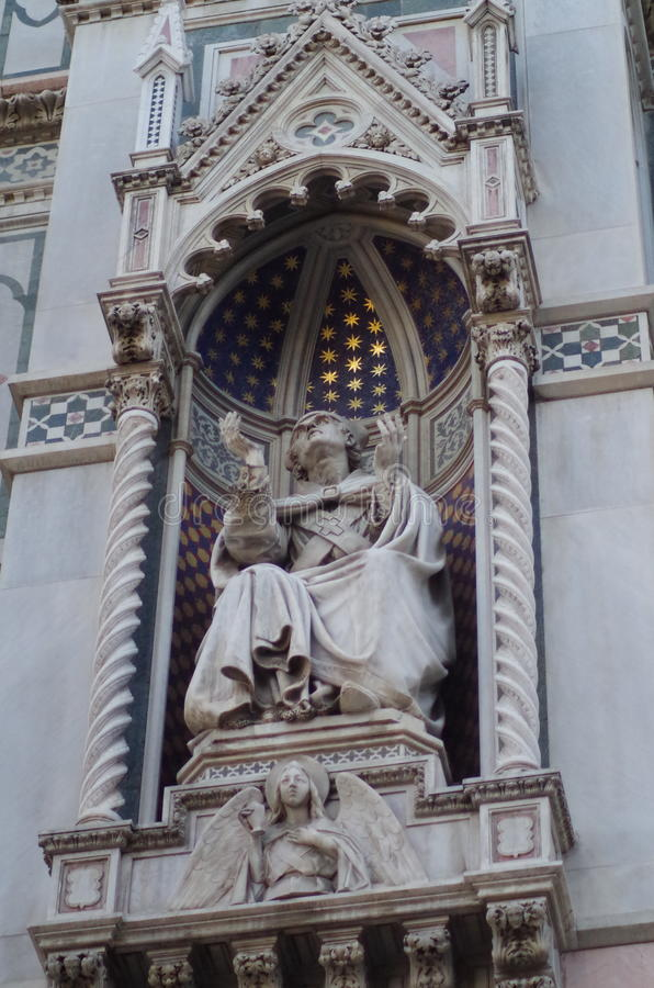 Ornate Statue Of Person In Robes Free Public Domain Cc0 Image