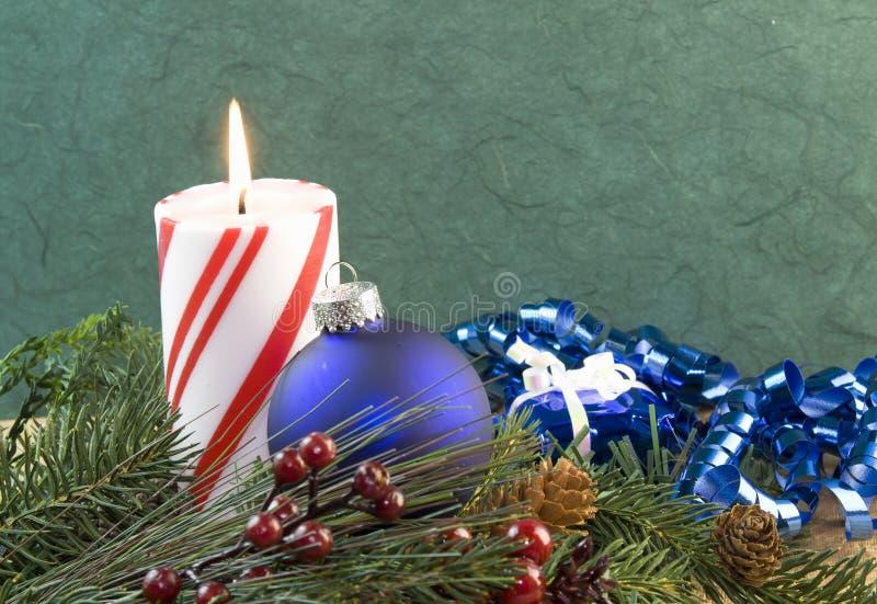 Ornement de bleu de bougie de Noël photographie stock