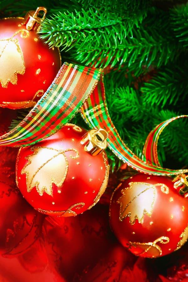 Download Ornement de Noël image stock. Image du épanouissement - 77163587