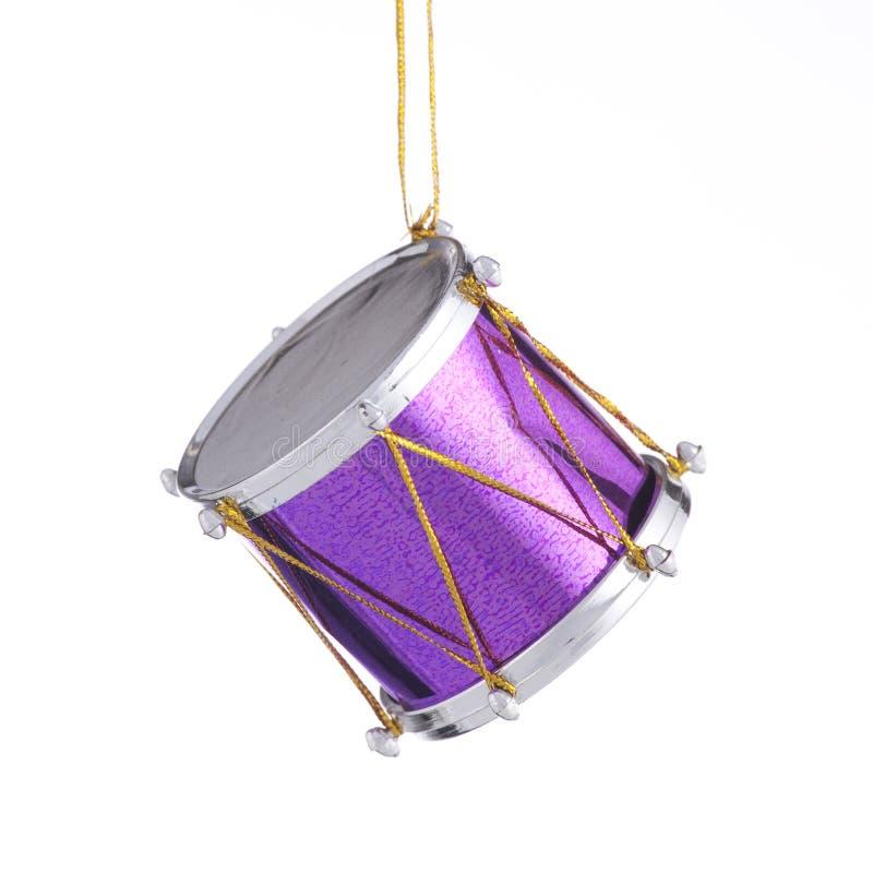 Ornement pourpré de tambour de Noël photos libres de droits
