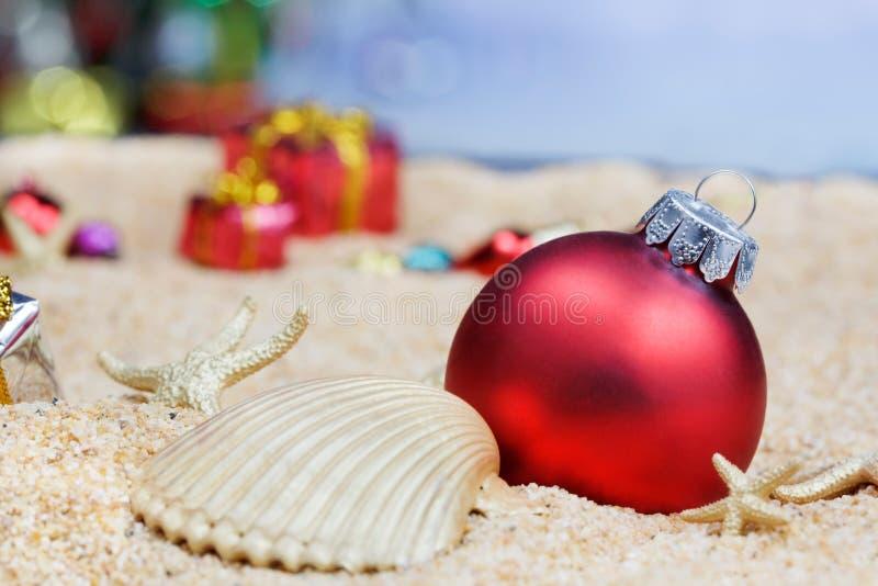 Ornements de Noël de plage images stock