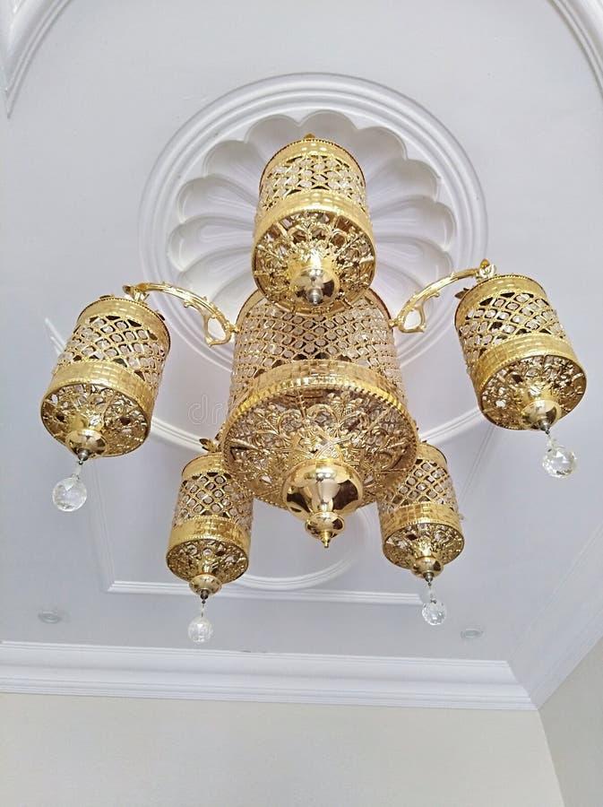 Oro de la lámpara foto de archivo libre de regalías