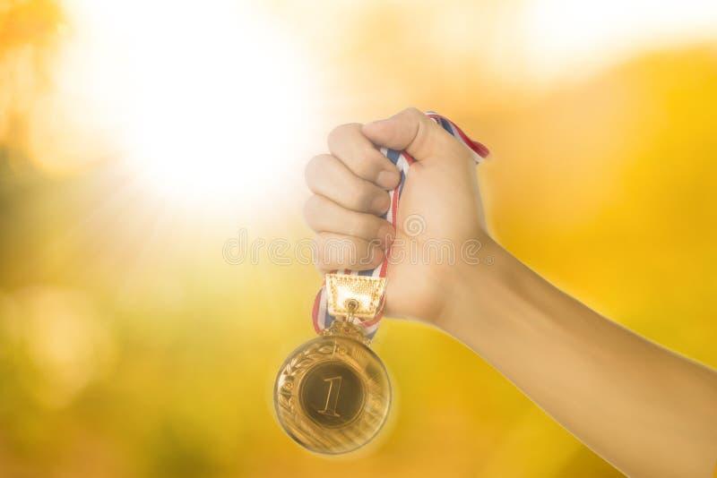 Oro del premio della medaglia del vincitore fotografia stock libera da diritti